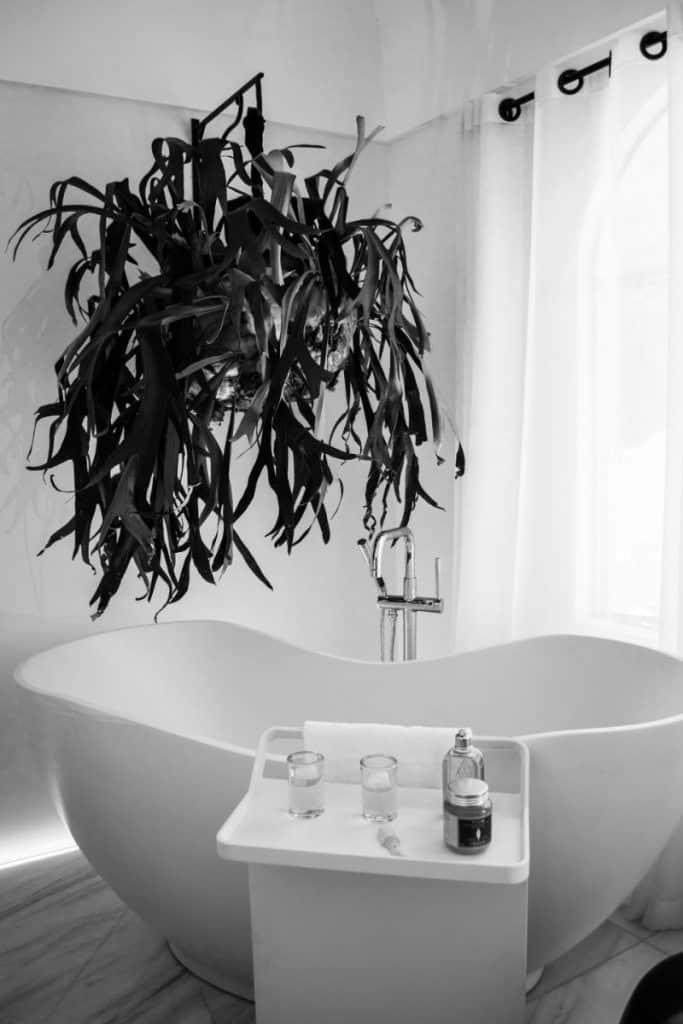 decoracion de baños de interiores apartamentos costa rica 683x1024 - Estilo y diseño en decoración de interiores